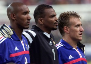 NICOLAS ANELKA BERNARD LAMA AND DIDIER DESCHAMPS OF FRANCE IN FRIENDLY AGAINST ENGLAND IN PARIS.