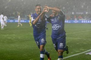 boudebouz-khazri-le-duo-d-enfer-de-bastia-face-a-lorient-iconsport_mae_041013_01_01,66959