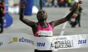 Florence Kiplagat_record du monde au semi-marathon de barcelone 2014