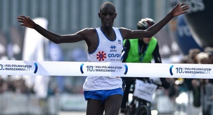 Limo Kiprop remporte le semi-marathon de varsovie