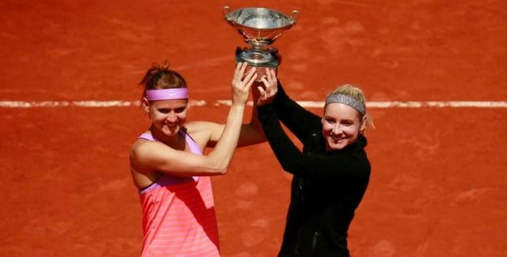 Lucie Safarova et Bethanie Mattek-Sands vainqueur du double feminin de roland garros 2015