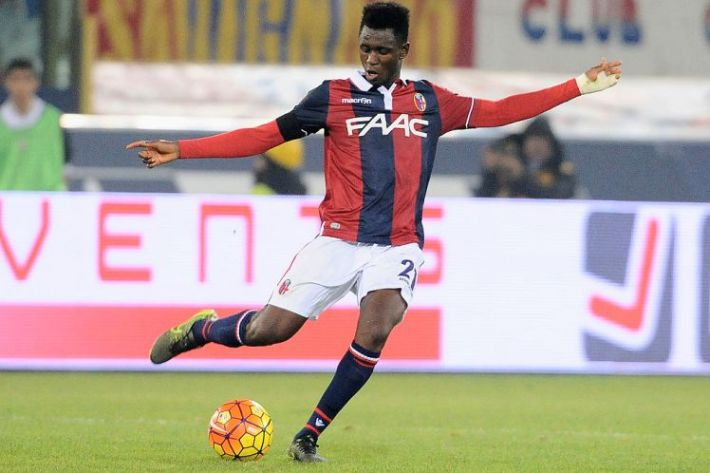 BOLOGNA, ITALY - OCTOBER 27:  Amadou Diawara # 21 of Bologna FC in action during the Serie A match between Bologna FC and FC Internazionale Milano at Stadio Renato Dall'Ara on October 27, 2015 in Bologna, Italy.  (Photo by Mario Carlini / Iguana Press/Getty Images)