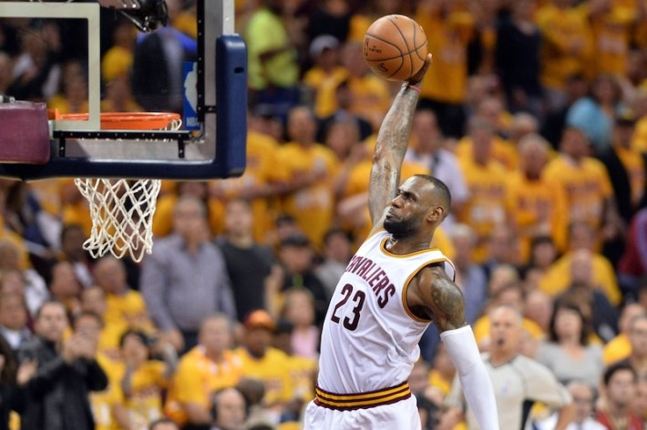 lebron-g1-raptors NBA