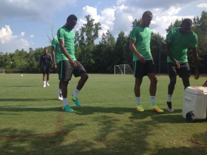John-Obi-Mikel-and-William-Troost-Ekong