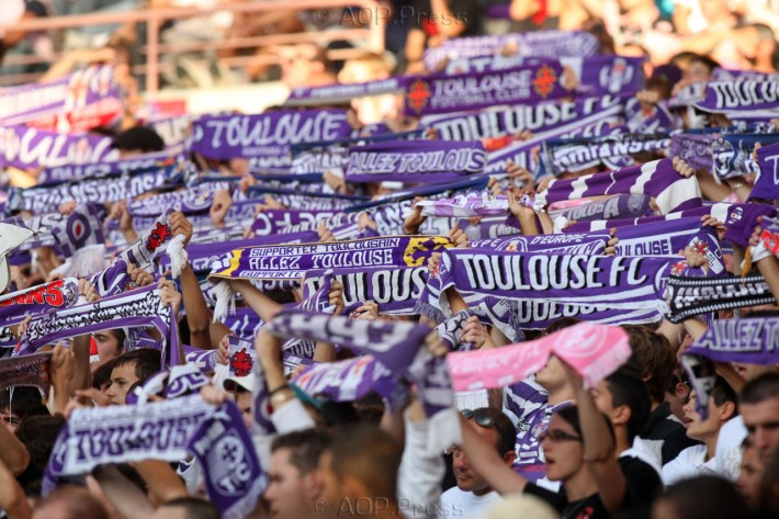 Ambiance Supporters - TFC vs Lorient - 04/10/2009 - Chpt de France L1 2009-10. Photo: Manuel Blondeau / AOP.Press.