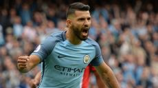 Manchester City's Argentinian striker Sergio Aguero celebrates scoring the opening goal from the penalty spot during the English Premier League football match between Manchester City and Sunderland at the Etihad Stadium in Manchester, north west England, on August 13, 2016. / AFP / OLI SCARFF / RESTRICTED TO EDITORIAL USE. No use with unauthorized audio, video, data, fixture lists, club/league logos or 'live' services. Online in-match use limited to 75 images, no video emulation. No use in betting, games or single club/league/player publications.  /         (Photo credit should read OLI SCARFF/AFP/Getty Images)