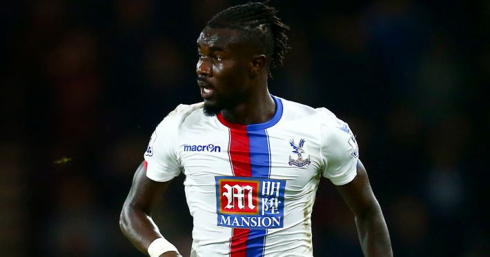 BOURNEMOUTH, ENGLAND - DECEMBER 26:  Pape Souare of Crystal Palace in action during the Barclays Premier League match between A.F.C. Bournemouth and Crystal Palace at the Vitality Stadium on December 26, 2015 in Bournemouth, England.  (Photo by Jordan Mansfield/Getty Images)
