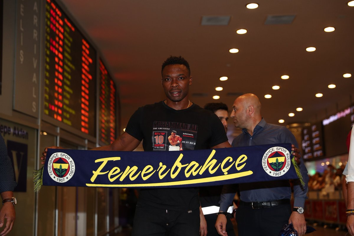 Transfert: Idriss Carlos Kameni plus que proche de Fenerbahçe