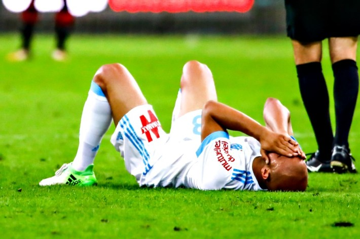 Aymen Abdennour of Marseille is injured during the Ligue 1 match between Olympique Marseille and Stade Rennais at Stade Velodrome on September 10, 2017 in Marseille, . (Photo by Guillaume Ruoppolo/Icon Sport)
