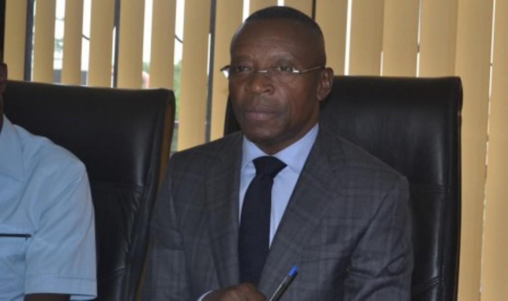 Ali Bongo: une journée mouvementée de dépôt de candidature