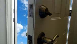 Open door DSCN8455