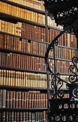 books-614711_1280