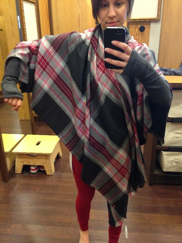 how to wear lululemon scarf with a zipper