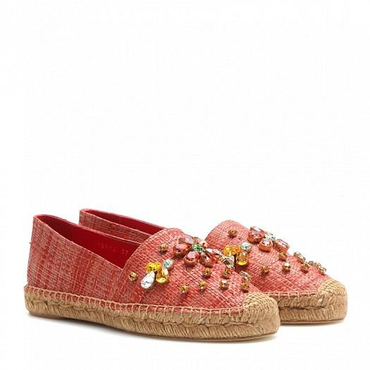 تشكيلة مميزة من الأحذية المريحة