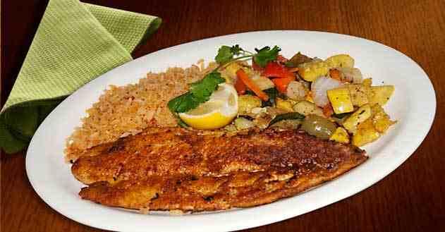 سمك مع الأرز