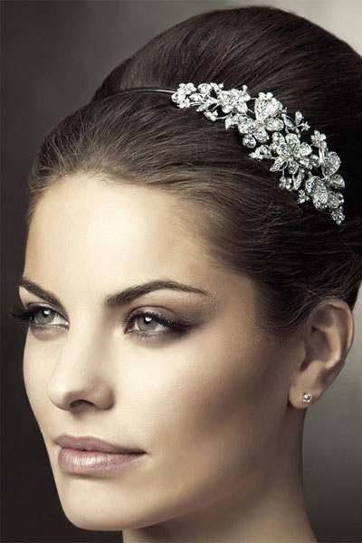 أحدث اكسسوارات الشعر للعروس