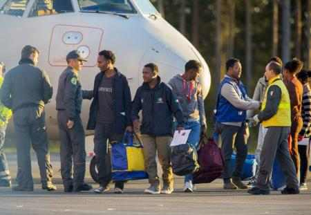 السويد تشديد قوانين الهجرة ووصول أعداد قياسية من طالبي اللجوء