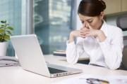 نصائح لحماية العين أثناء العمل على الكمبيوتر لساعات طويلة