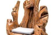 كراسي خشبية تضفي الكثير من الأناقة و الفخامة للمكان شاهدوها بالفيديو
