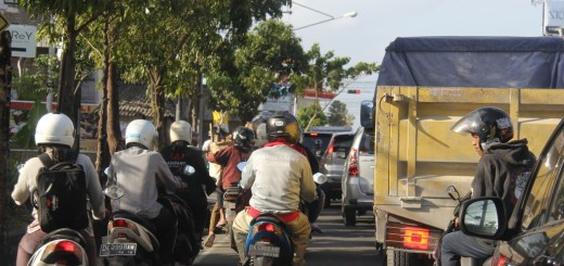 Taxis-in-Bali 004