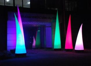Accueil entrée avec structures lumineuses