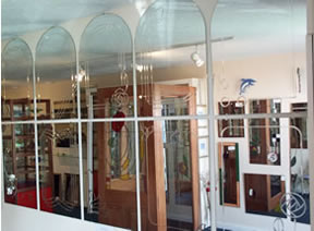 Mirrors made to measure