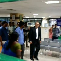 Video : Thala Ajith at Raheja Towers Chennai for Passport Enquiry