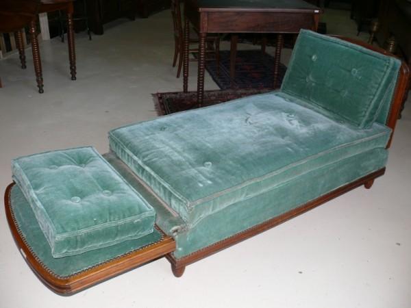 banquette lit de repos louis philippe aussi appel hirondelle albert antiquit. Black Bedroom Furniture Sets. Home Design Ideas
