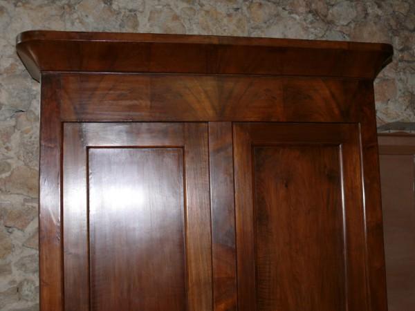 armoire louis philippe en noyer albert antiquit. Black Bedroom Furniture Sets. Home Design Ideas