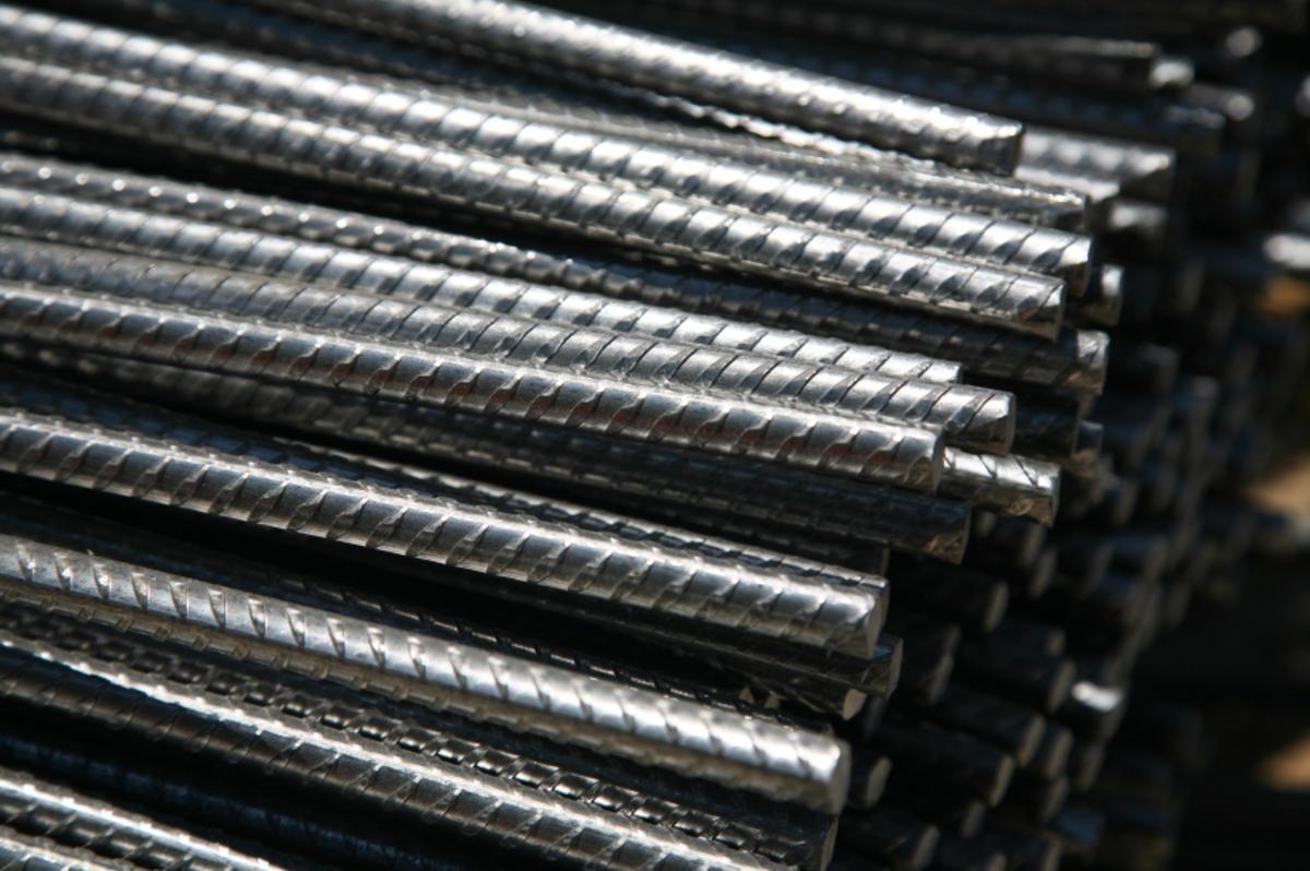 «المعدنية» تطالب بفرض 700 جنيه رسوماً مؤقتة على الحديد المستورد - جريدة البورصة