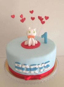 tort dla dziecka na pierwsze urodziny