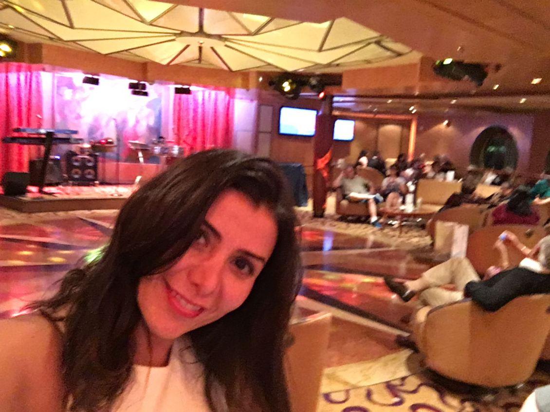 cruise-bar-lounge