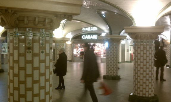 Retail in the mezzanine/ticket hall of the Saint Lazare Metro station in Paris. Photo by the author.
