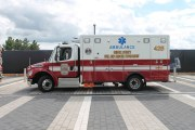 Fairfax County Ambulance. Image from Elvert Barnes.