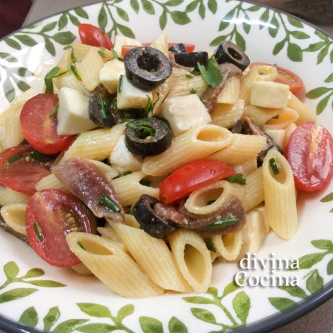 ensalada pasta caprese - divina cocina