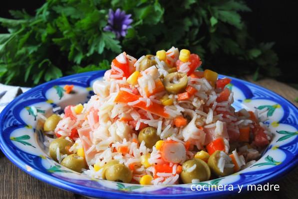 Ensalada de arroz fácil y fresca