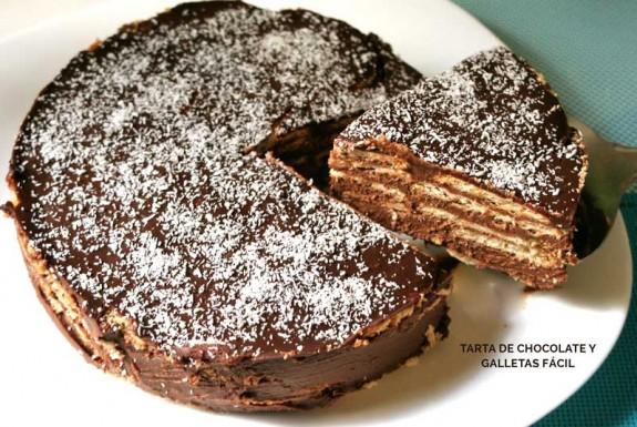 Tarta fácil de chocolate y galletas