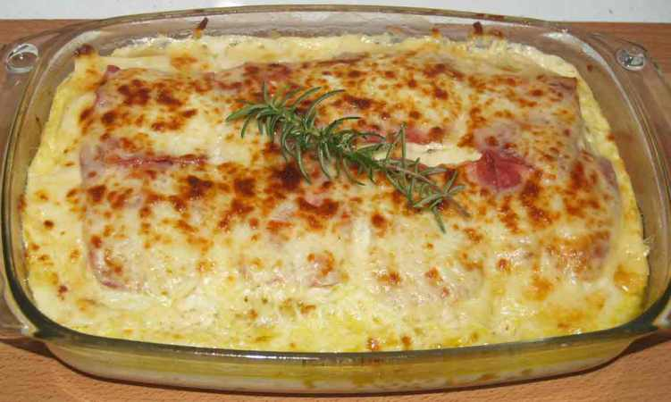 pastel de queso y bacon