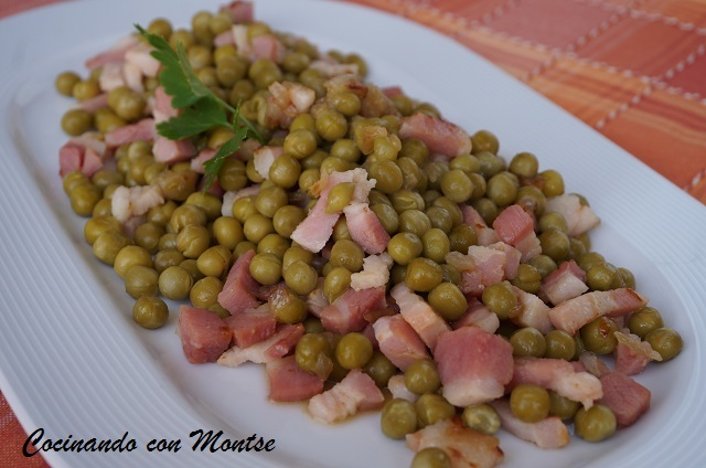 Guisantes con bacon