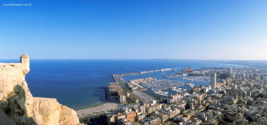 Alicante desde EL Castillo de Santa Bárbara