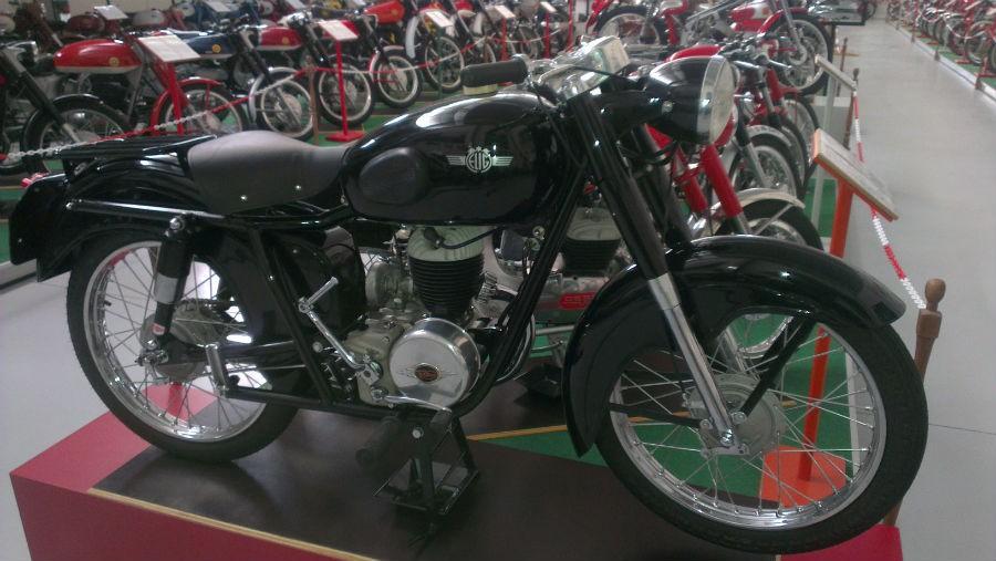 motos 12