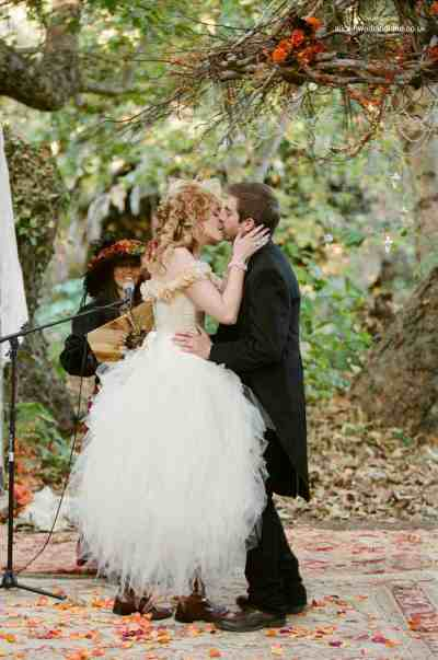 A unique Steampunk wedding | Alice In Weddingland Wedding Blog