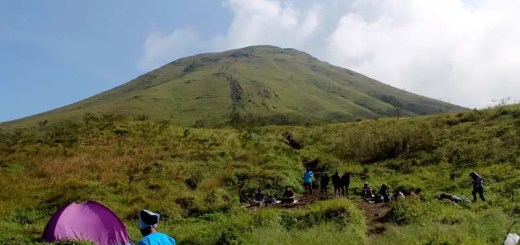 Gunung Penanggungan Featured