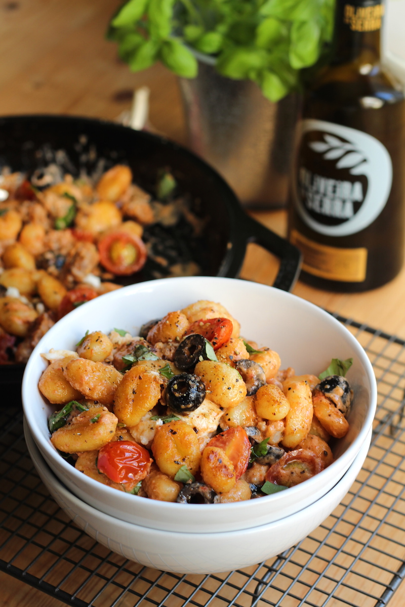 Flavourful, one pan fried gnocchi | www.alifeofgeekery.co.uk