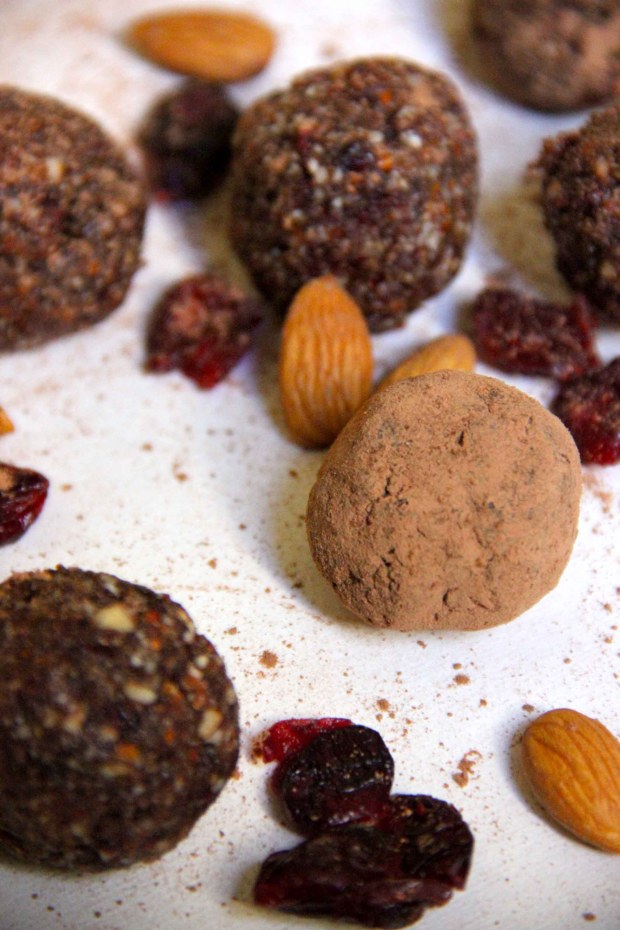 Maca Chocolate Fruit and Nut Energy Balls