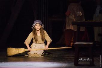Allayna-Slate-Young-Cosette-Les-Mis-1
