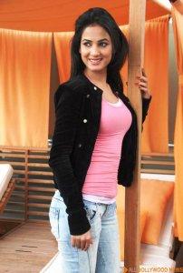 Jannat-girl-Sonal-Chauhan-1