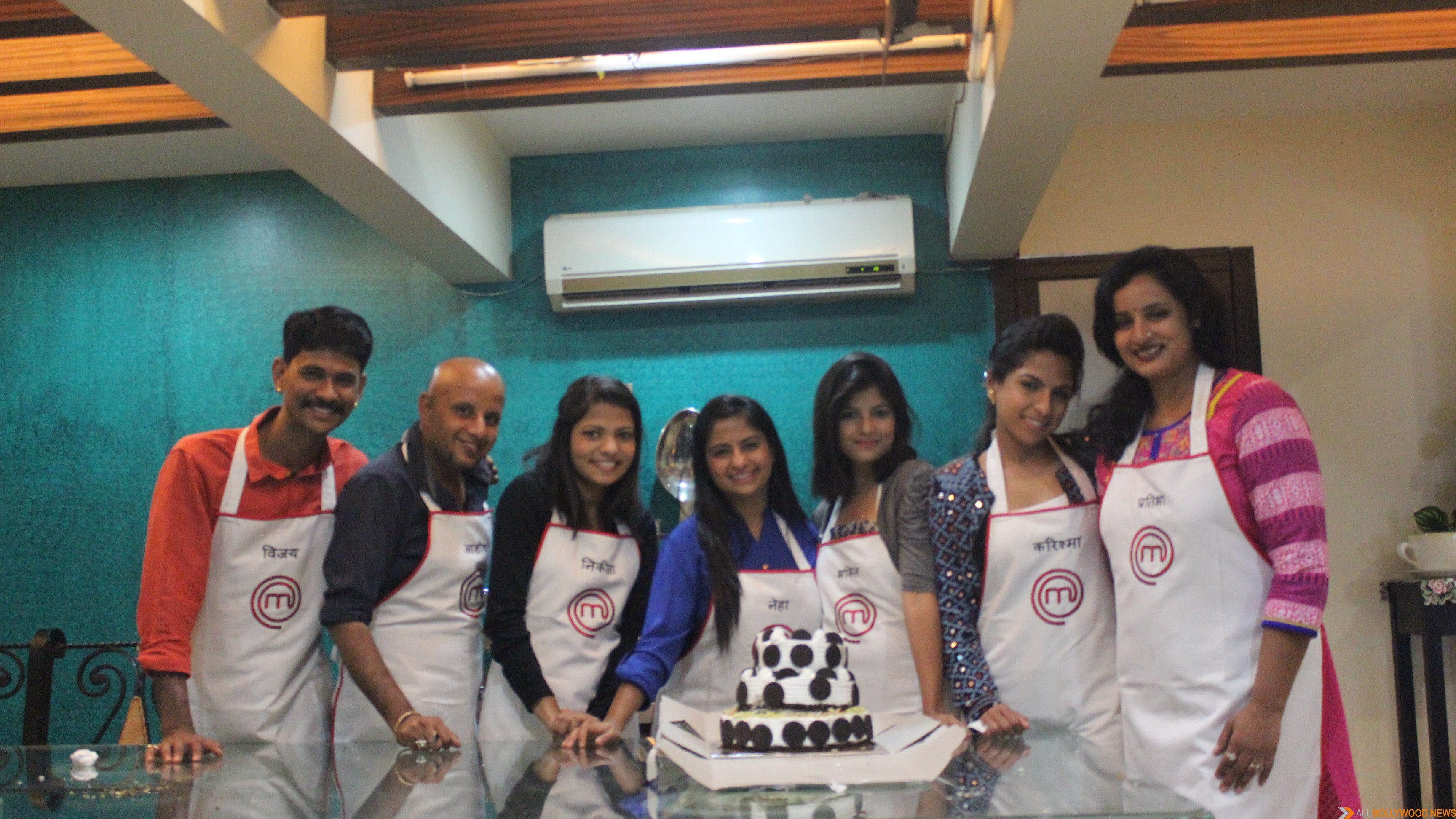 MasterChef India-4 finalists make a vegan cake for Aamir Khan for his 50th birthday (1)