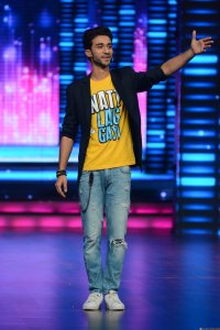 Remo and his Dance + mentors surprise Raghav