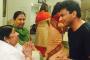Lata Mangeshkar Blesses Chef Vikas Khanna For Master Chef India 5